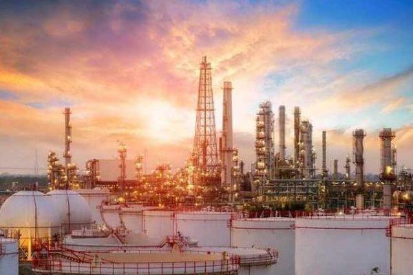 Gas-Industries-in-UAE-750x424